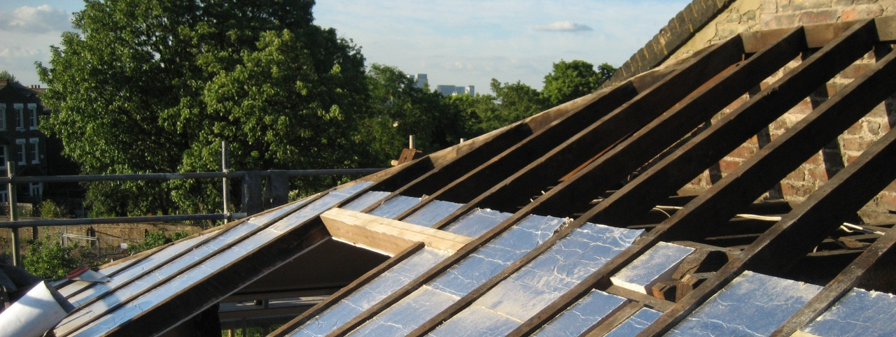 Here's an example of a fully insulated roof meeting all energy regulations and best practice